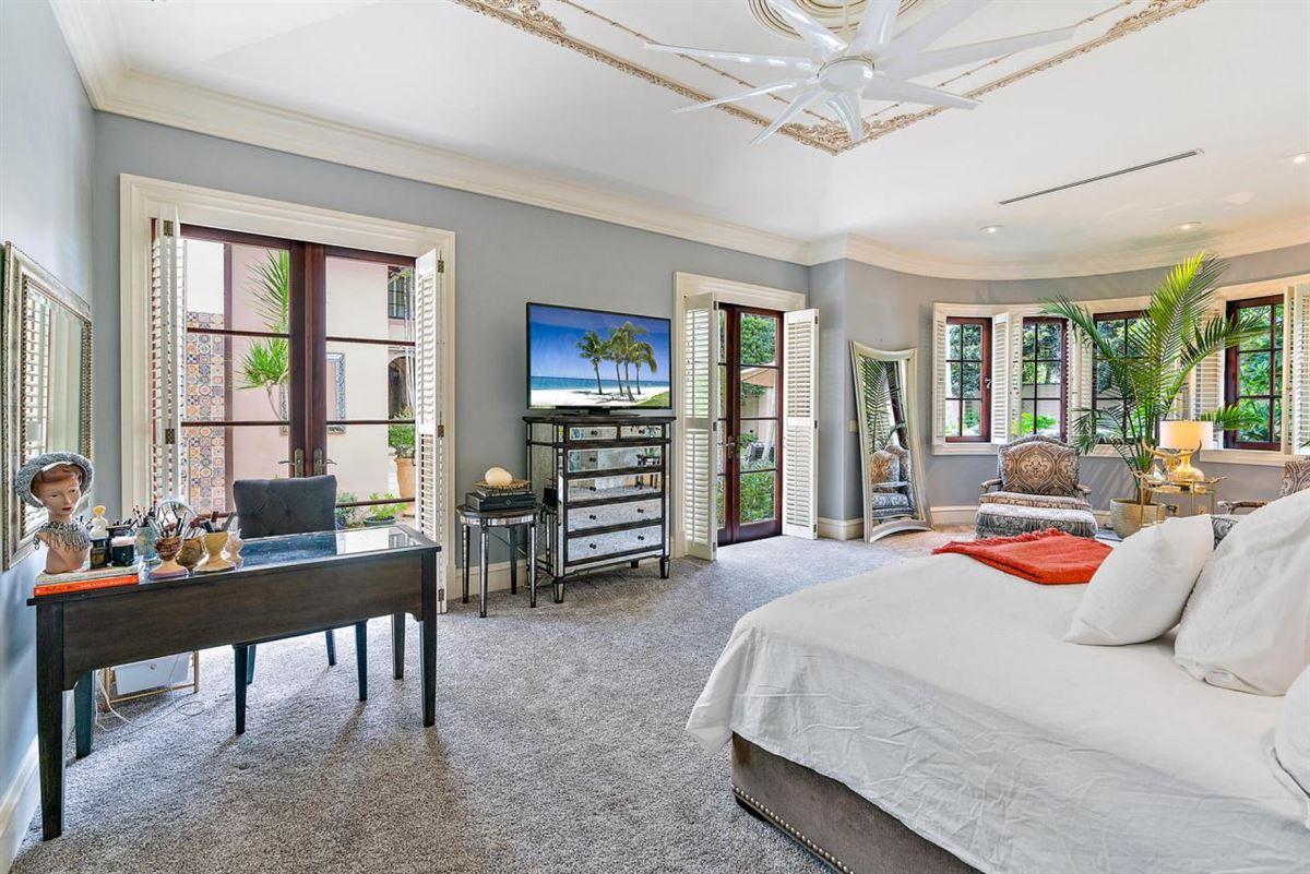 European villa on almost a half-acre luxury real estate