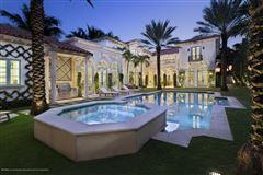 Luxury homes Modern Seaside Mediterranean