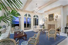 Luxury properties Modern Seaside Mediterranean