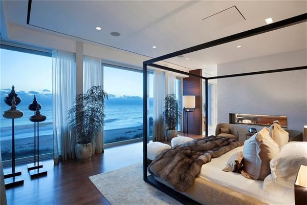 Mansions One-of-a-Kind Oceanfront Paradise