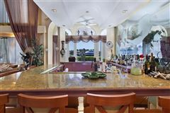 Luxury properties prize trophy views