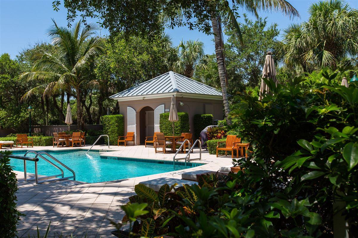 Luxury properties Luxury oceanfront condo in vero beach
