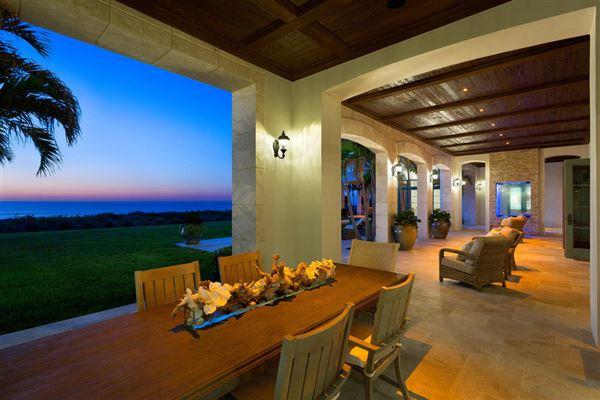 New Oceanfront Residence in Vero Beach luxury homes