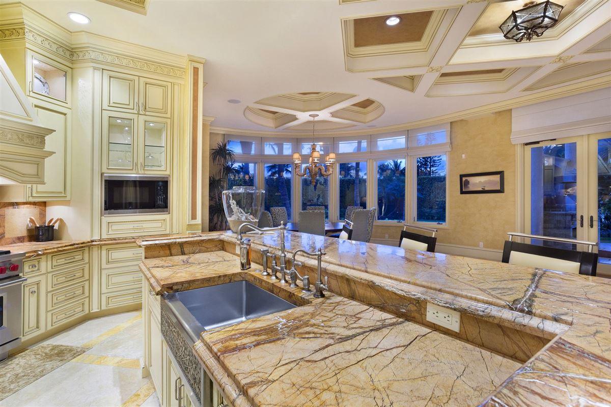 Magnificent Mediterranean estate  luxury properties