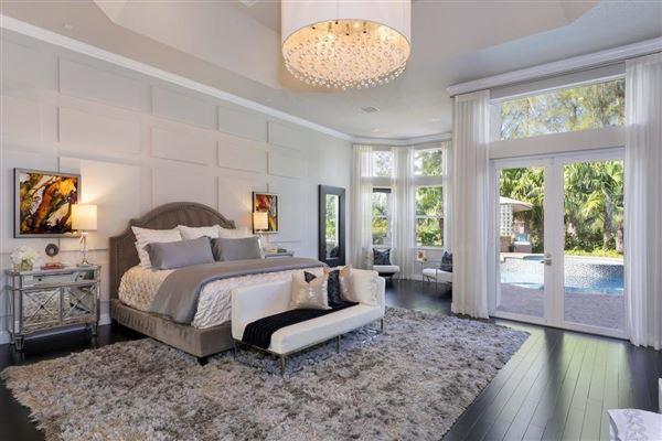 A Glamorous Estate  luxury real estate