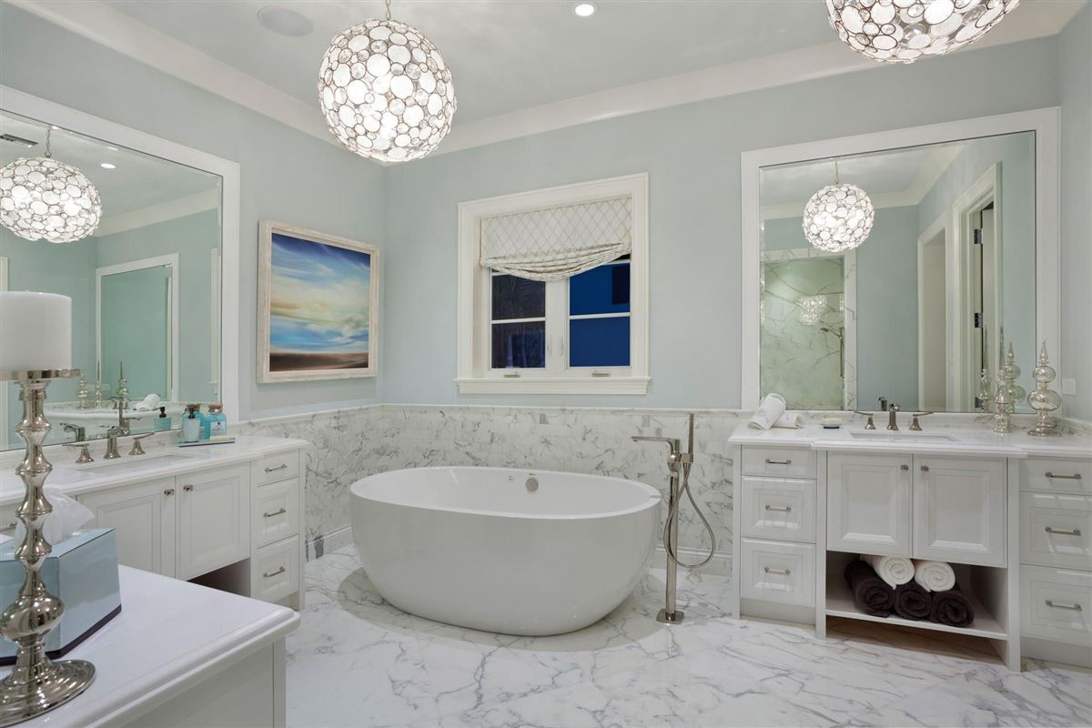 Luxury homes magnificent estate showcases timeless elegance
