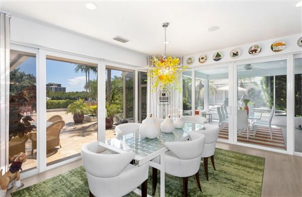 Luxury properties Newly remastered estate on a double lot