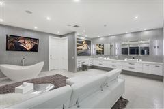 Newly remastered estate on a double lot luxury real estate