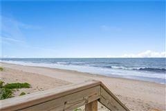 Luxury homes cozy oceanfront bungalow