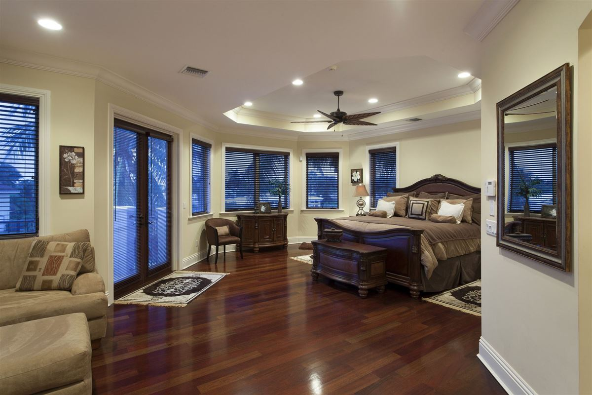 Luxury homes One home from Intracoastal