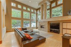 Splendid, custom built home mansions