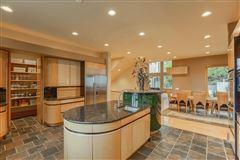 Luxury homes in Splendid, custom built home