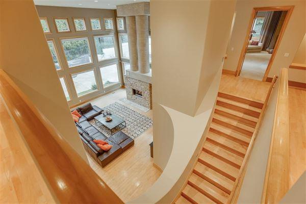 Mansions in Splendid, custom built home