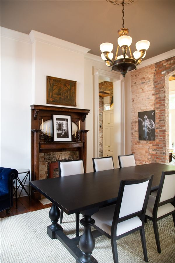 Mansions in Historic Grace and Modern Elegance In The Heart Of Nashville