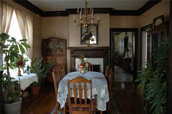 Luxury properties Beautiful Historic Home in murfreesboro
