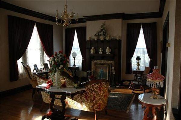 Beautiful Historic Home in murfreesboro luxury properties
