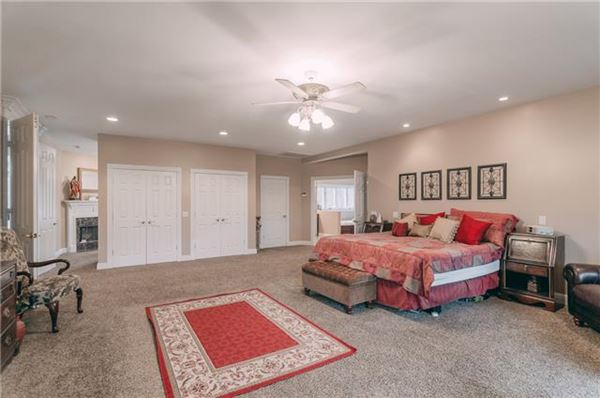 Gorgeous Goodlettsville property mansions