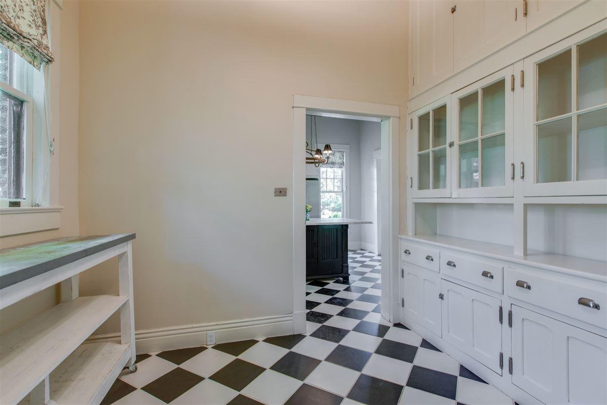 the Turley-Marshall House luxury properties