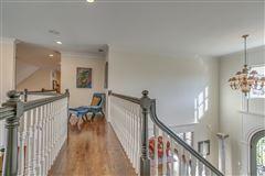 Mansions in beautiful Murfreesboro home