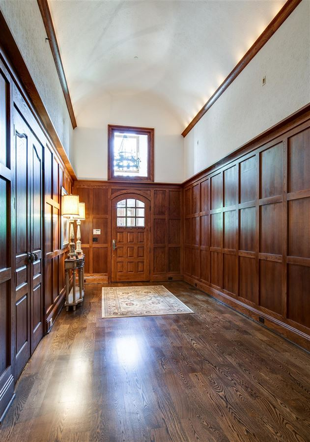 a storied franklin property luxury homes