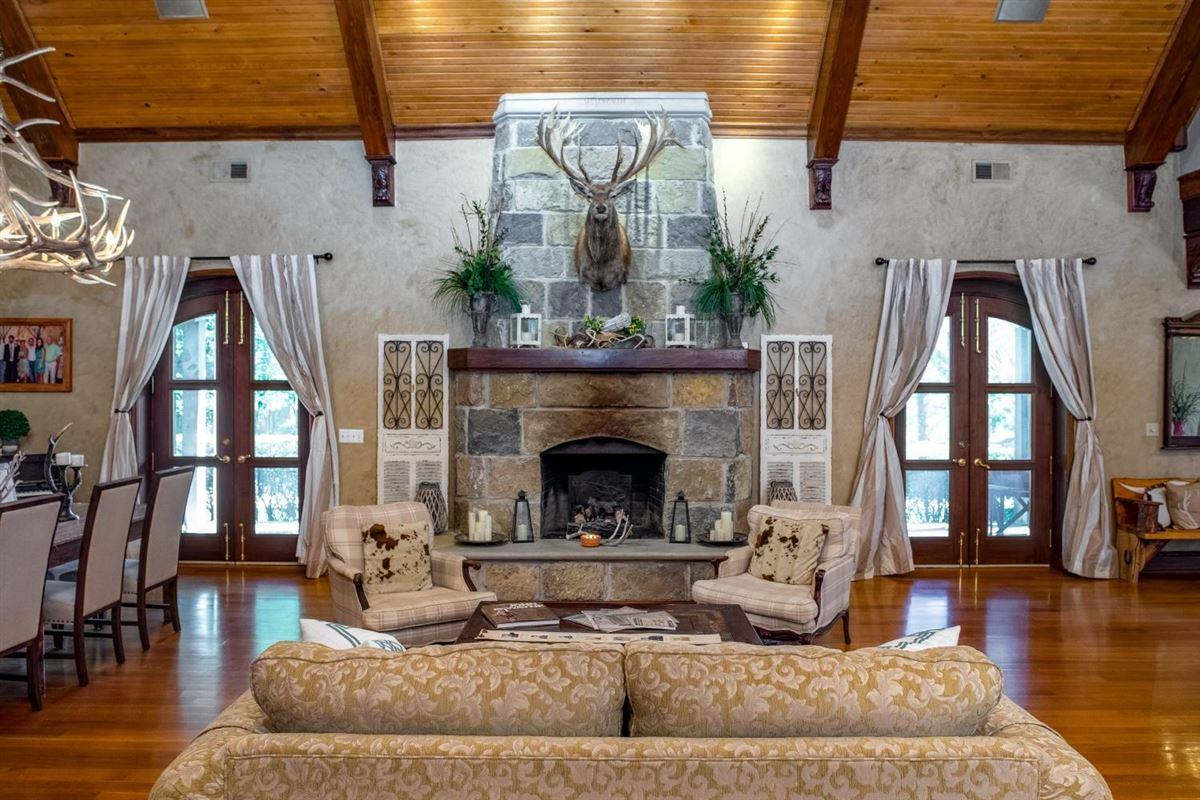 Chateau at Shiloh luxury homes
