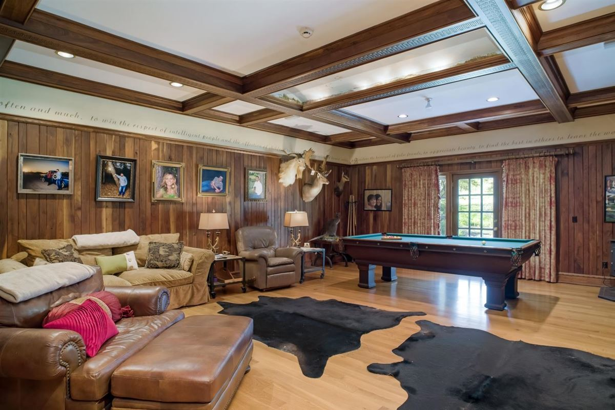 Luxury homes in Chateau at Shiloh