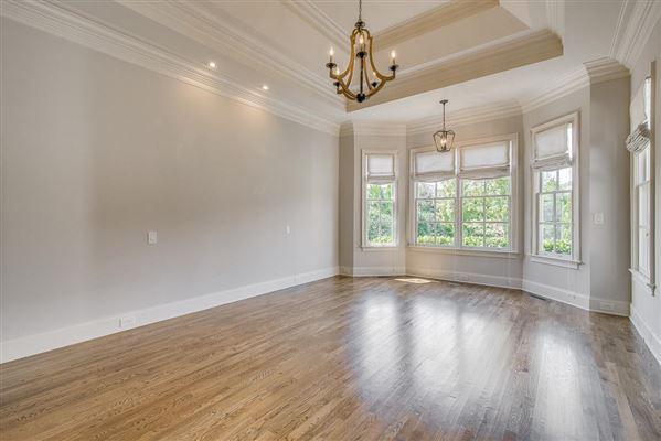 a Custom single level home in college grove luxury properties