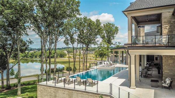 Designed with luxury and entertaining in mind luxury homes