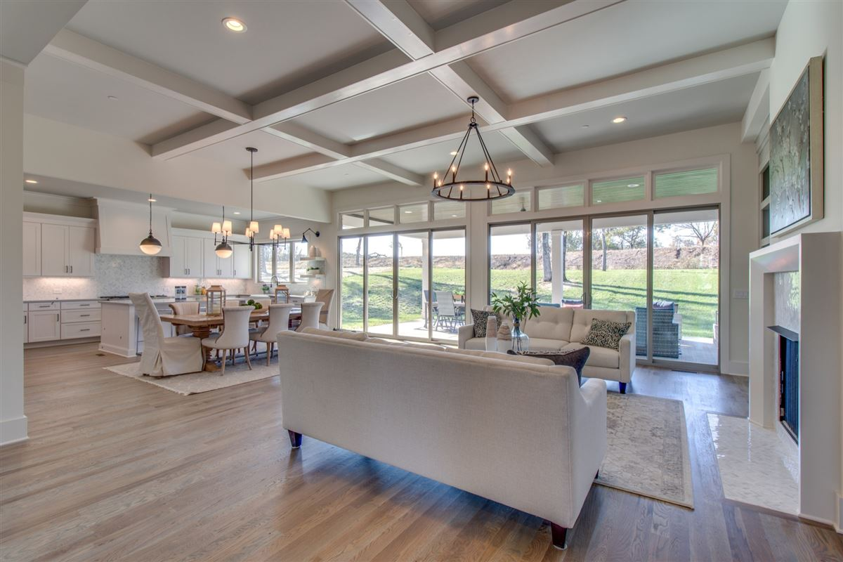 Exquisite Tennessee Valley open concept home luxury real estate