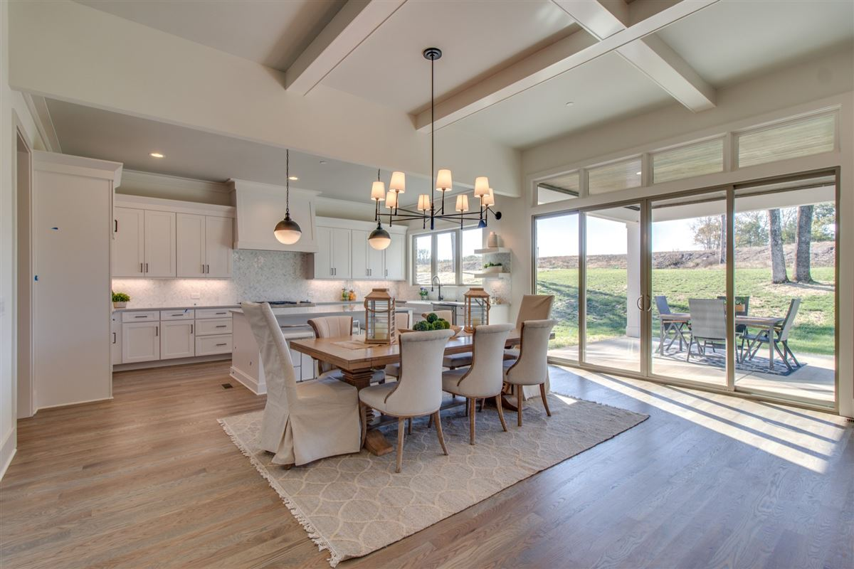 Exquisite Tennessee Valley open concept home mansions