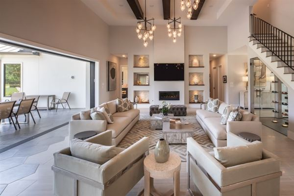 new boutique home luxury properties