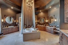 the gated waterfront estate of Kelly Clarkson luxury real estate