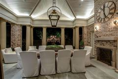 Luxury homes in the gated waterfront estate of Kelly Clarkson