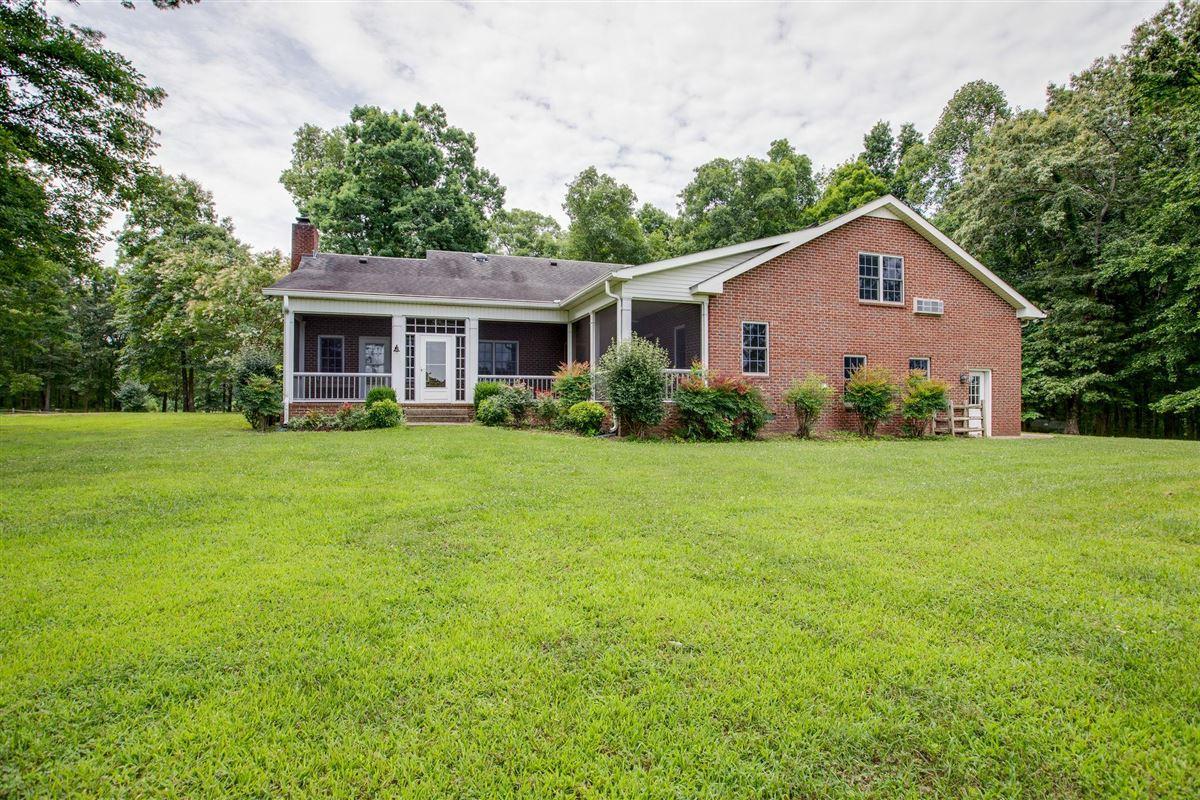Luxury properties Beautiful Tennessee Farm