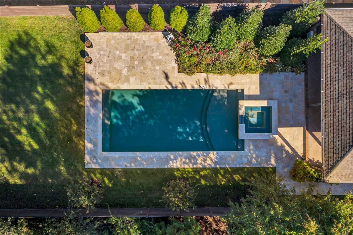 Mansions in Beautiful Property includes a pool and hot tub