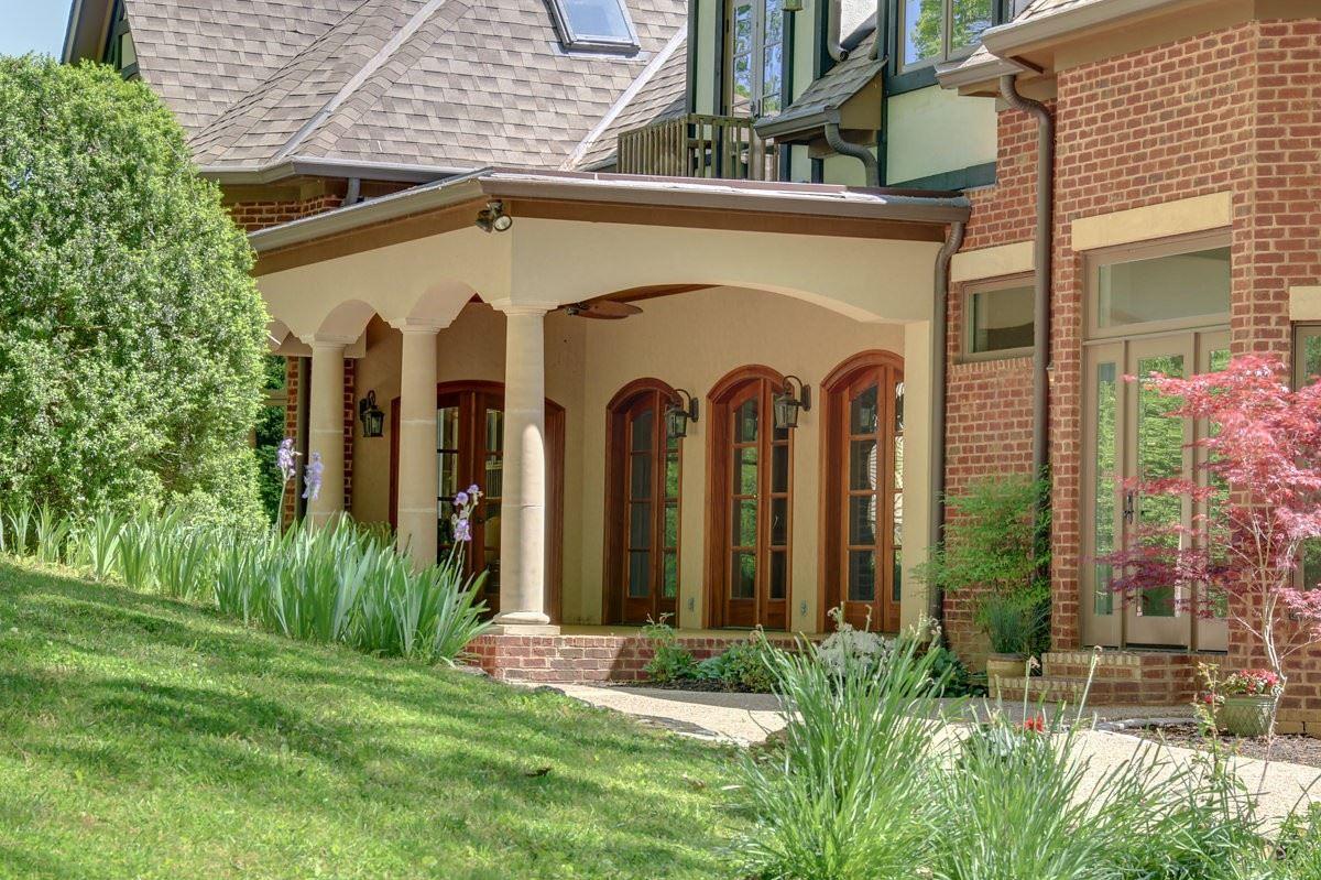 Luxury homes a prestigious and storied Franklin property