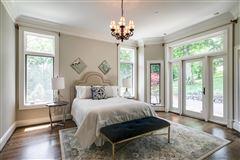 prestigious and storied Franklin property luxury homes
