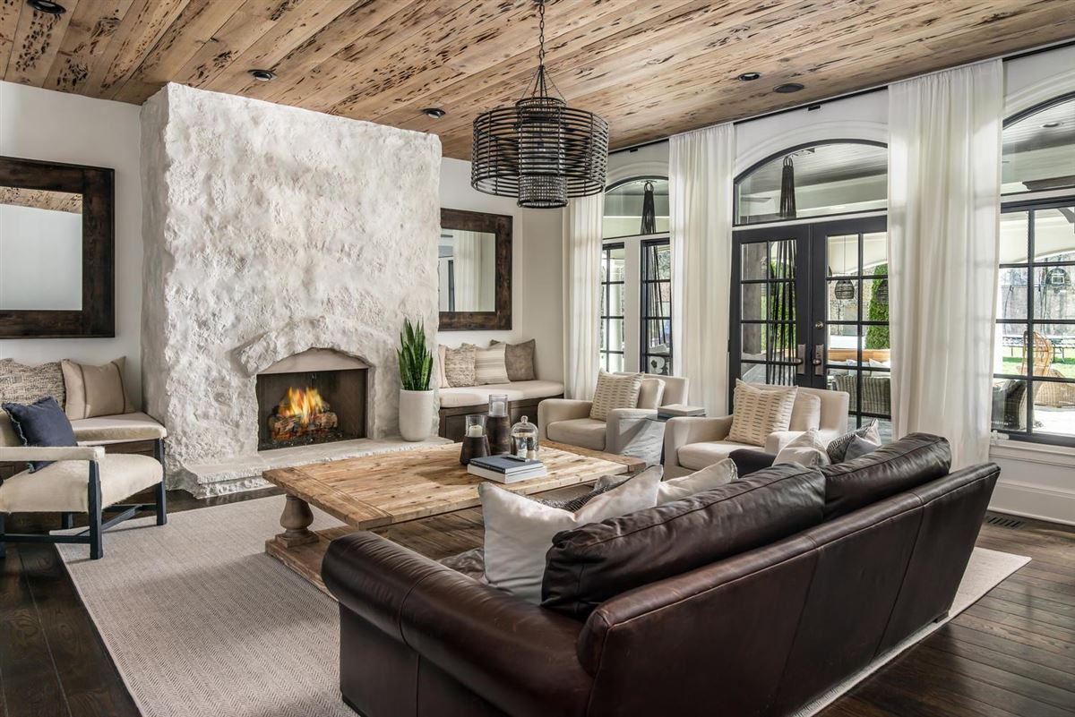 Exclusivity meets convenience in Forest Hills luxury homes