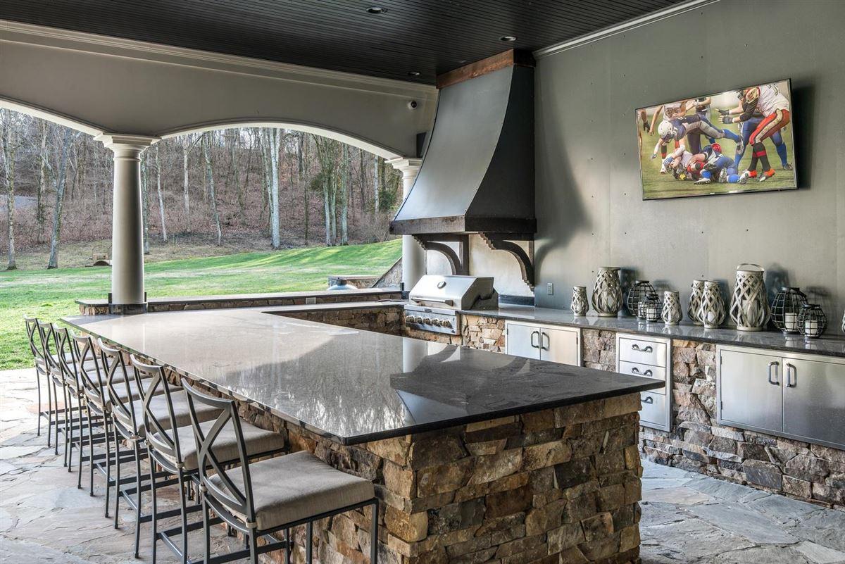 Exclusivity meets convenience in Forest Hills luxury properties