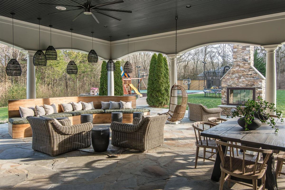 Mansions Exclusivity meets convenience in Forest Hills