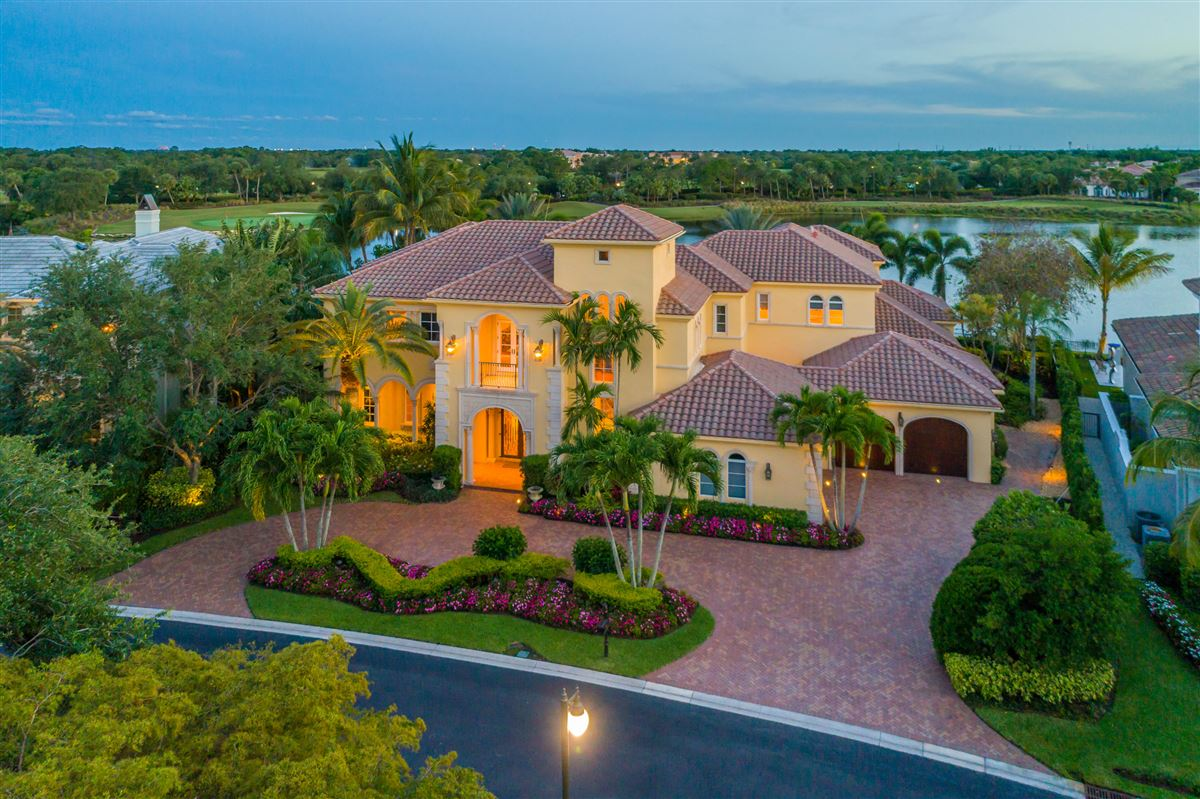 Mansions in The best views in Mirasol