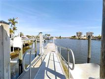 Luxury homes a Boaters Dream Home