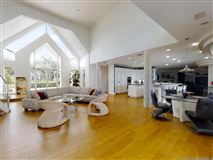 Luxury real estate Thoughtfully and expertly built custom home