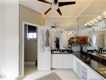 Luxury homes Thoughtfully and expertly built custom home
