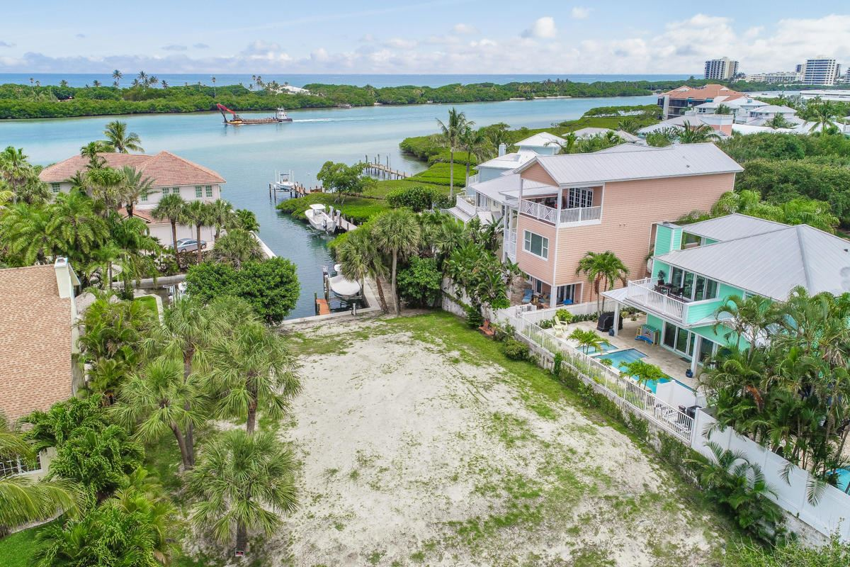 Luxury homes unique lot on a private cove
