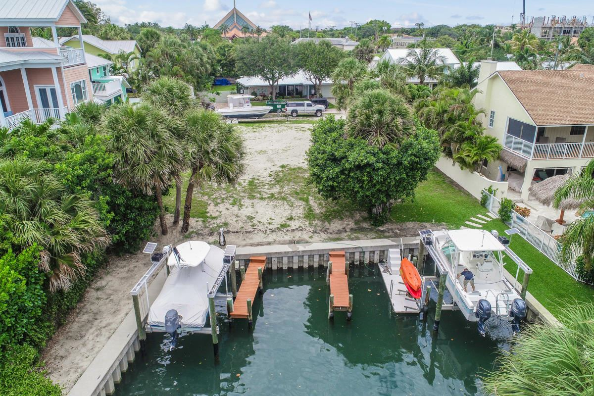 unique lot on a private cove luxury real estate