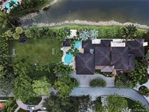 Luxury properties Prestigious Trump National Doral Golf Course home