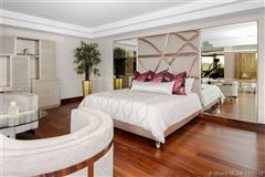 Prestigious Trump National Doral Golf Course home luxury properties