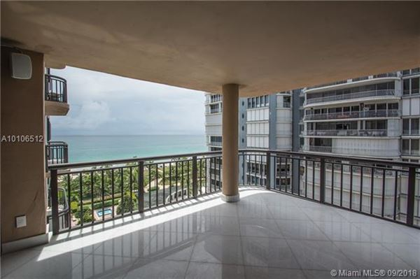 Luxury homes Prestigious Tiffany of Bal Harbour corner unit