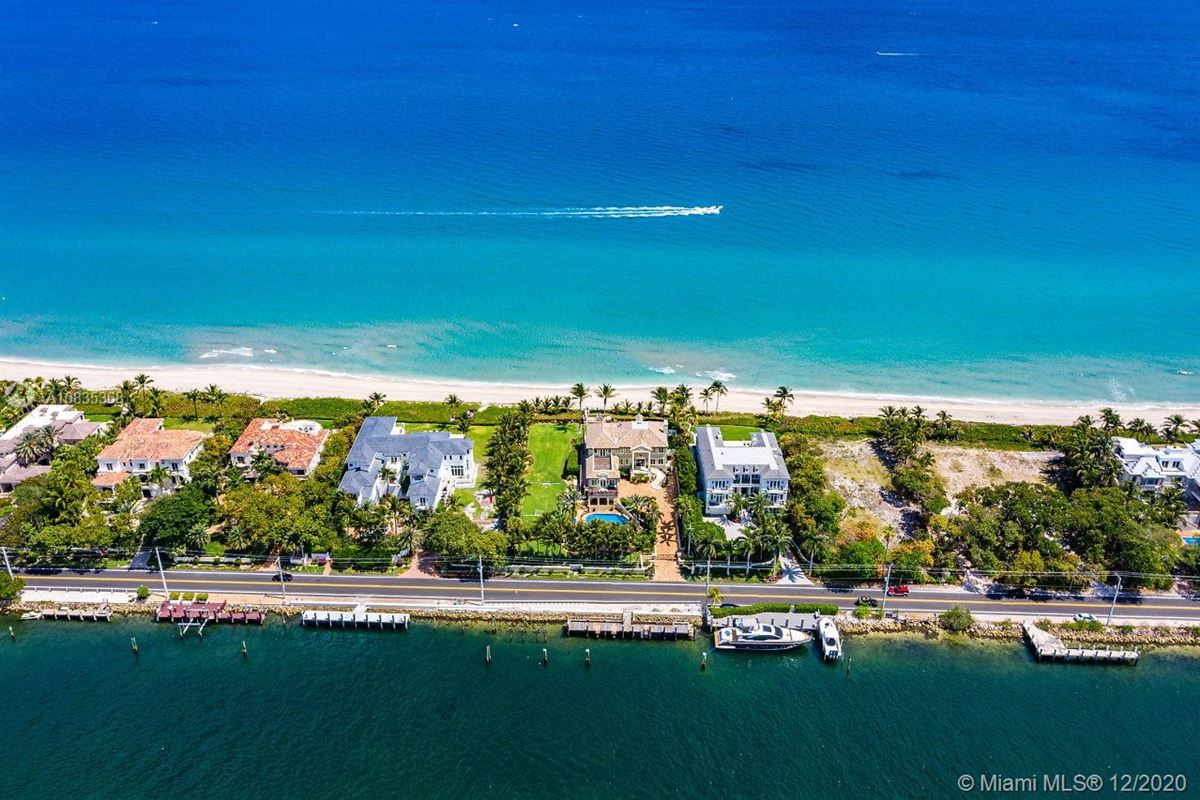 Luxury homes in Oceanfront gated estate on Hillsboro Mile